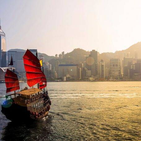 The Top 5 Must-try Tours in Hong Kong