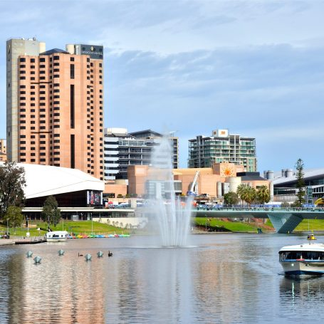 3 Reasons to Travel to Adelaide in March