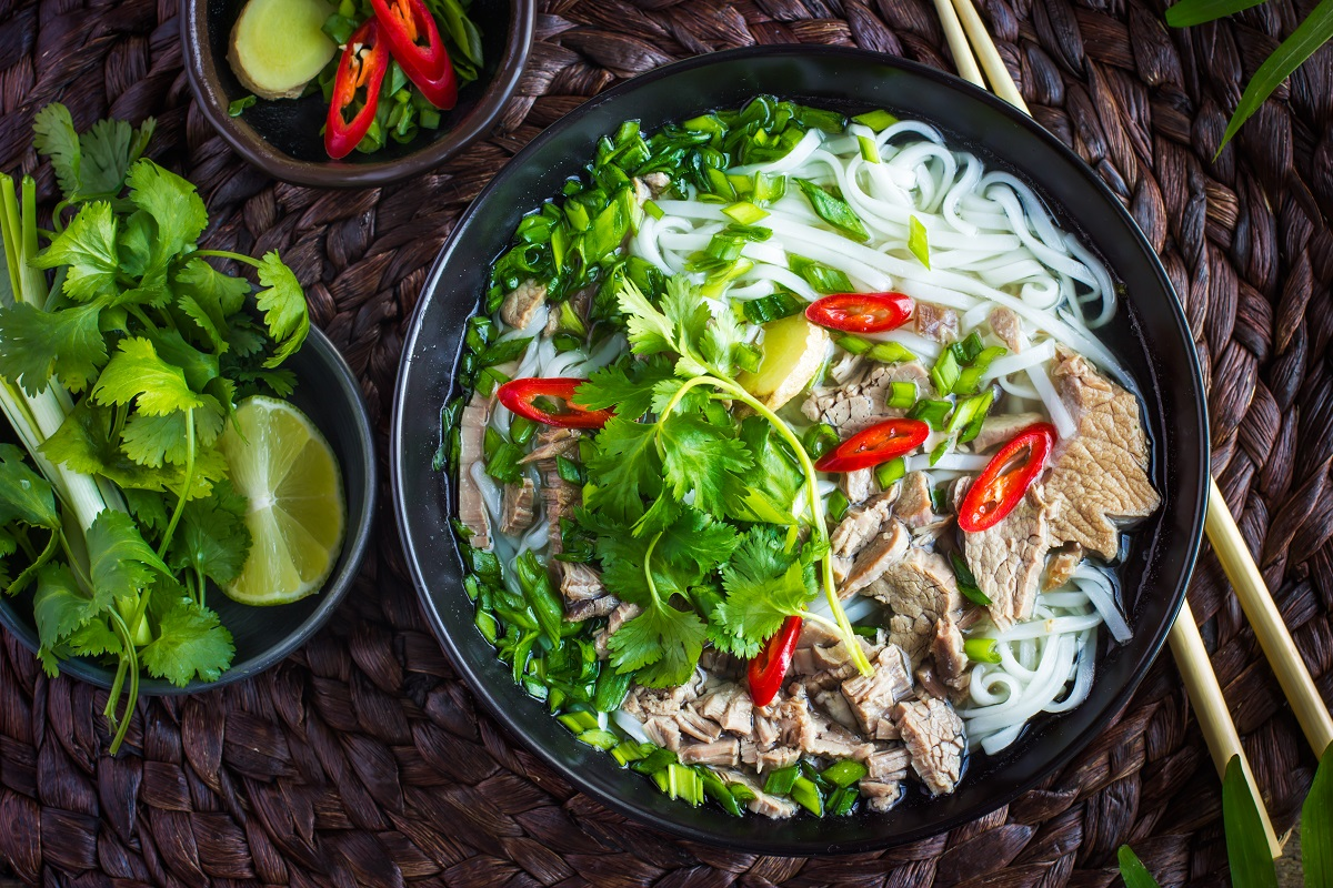 10 Must-try Vietnamese Dishes in Hanoi and Ho Chi Minh City - A Wanderer's Tale – Travezl Blog
