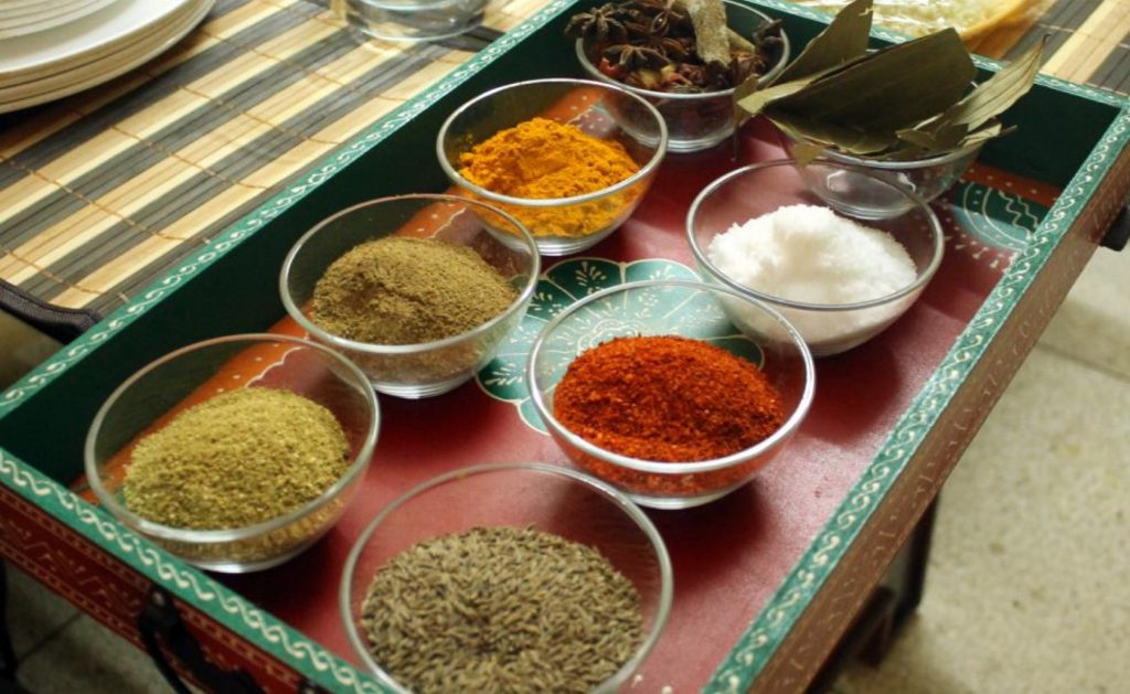 must-try-tours-in-delhi-india-indian-cooking-class