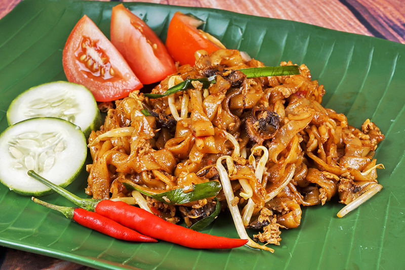 10 Must-visit Cities for the Foodie Traveller - George Town Penang Street Food - Char Kway Teow