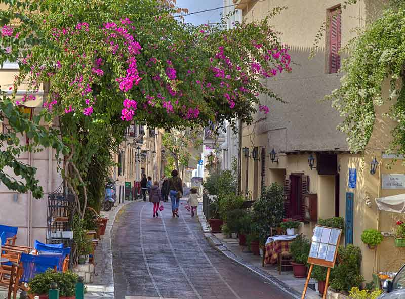How to Explore Any Travel Destination Like a Local - Plaka, Athens