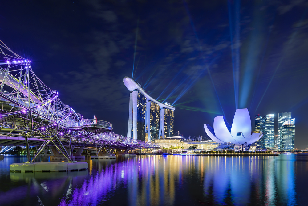 The Best Ways to Maximize your Singapore Layover - Marina Bay Sands Light and Water Show