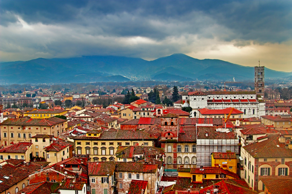 5 Idyllic Towns to Visit in Tuscany - Lucca