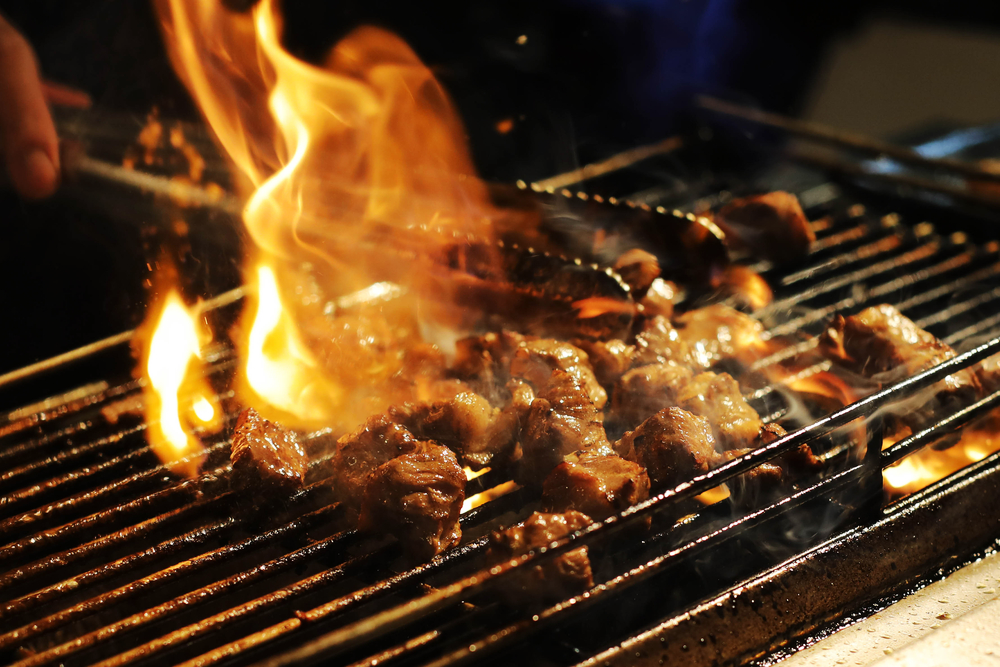 14 Must-try Street Food in Taipei - Torched beef cubes