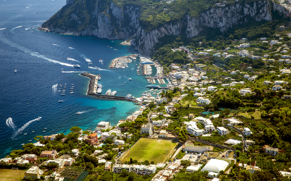 16 Awesome Travel Destinations to Visit in Italy - Capri