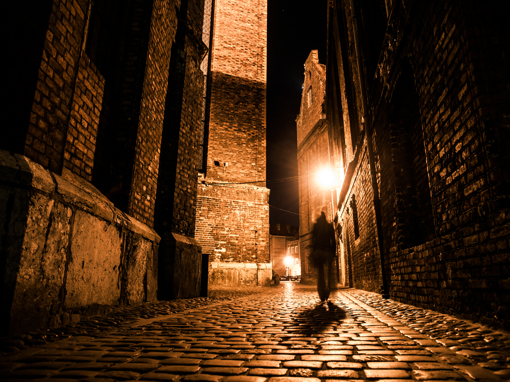 6 Unique Things to Do in London - Jack the Ripper Walking Tour