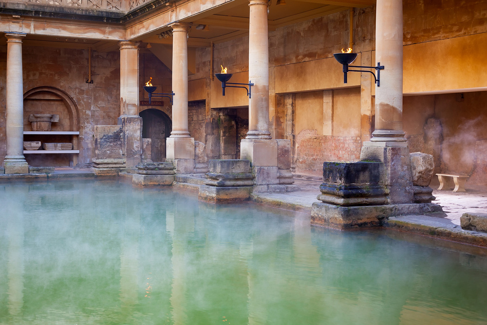 City Guide - An Ideal Itinerary for First-time Visitors to London - Bath - Roman Baths