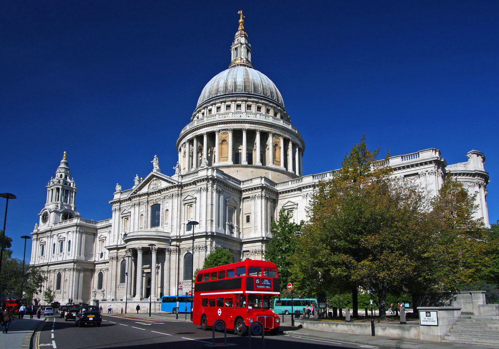 City Guide - An Ideal Itinerary for First-time Visitors to London - St. Paul's Cathedral