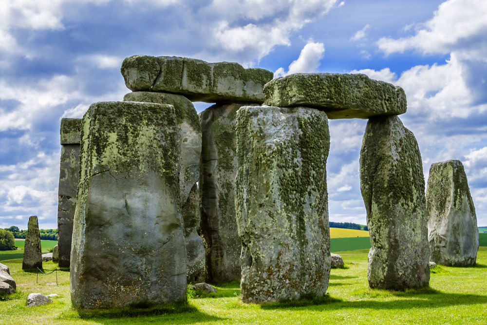 City Guide - An Ideal Itinerary for First-time Visitors to London - Stonehenge