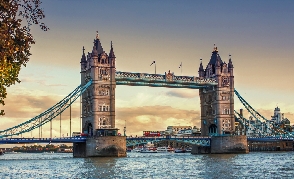 ower Bridge in London - City Guide - An Ideal Itinerary for First-time Visitors to London