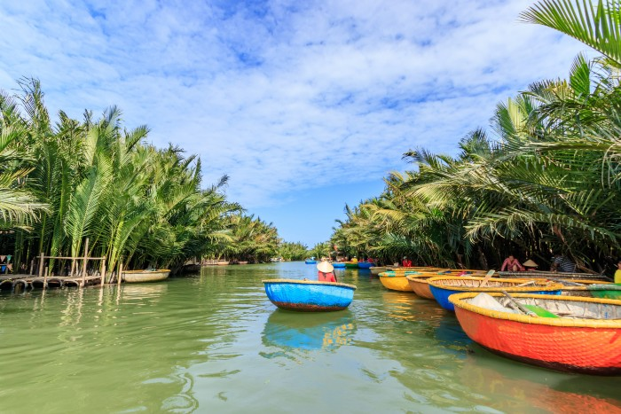 Hoi An: basket boat experience